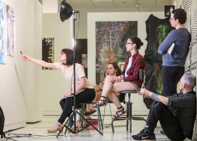 Art students participate in critique