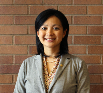 Center for Public Service's program director, Yachi Iisako