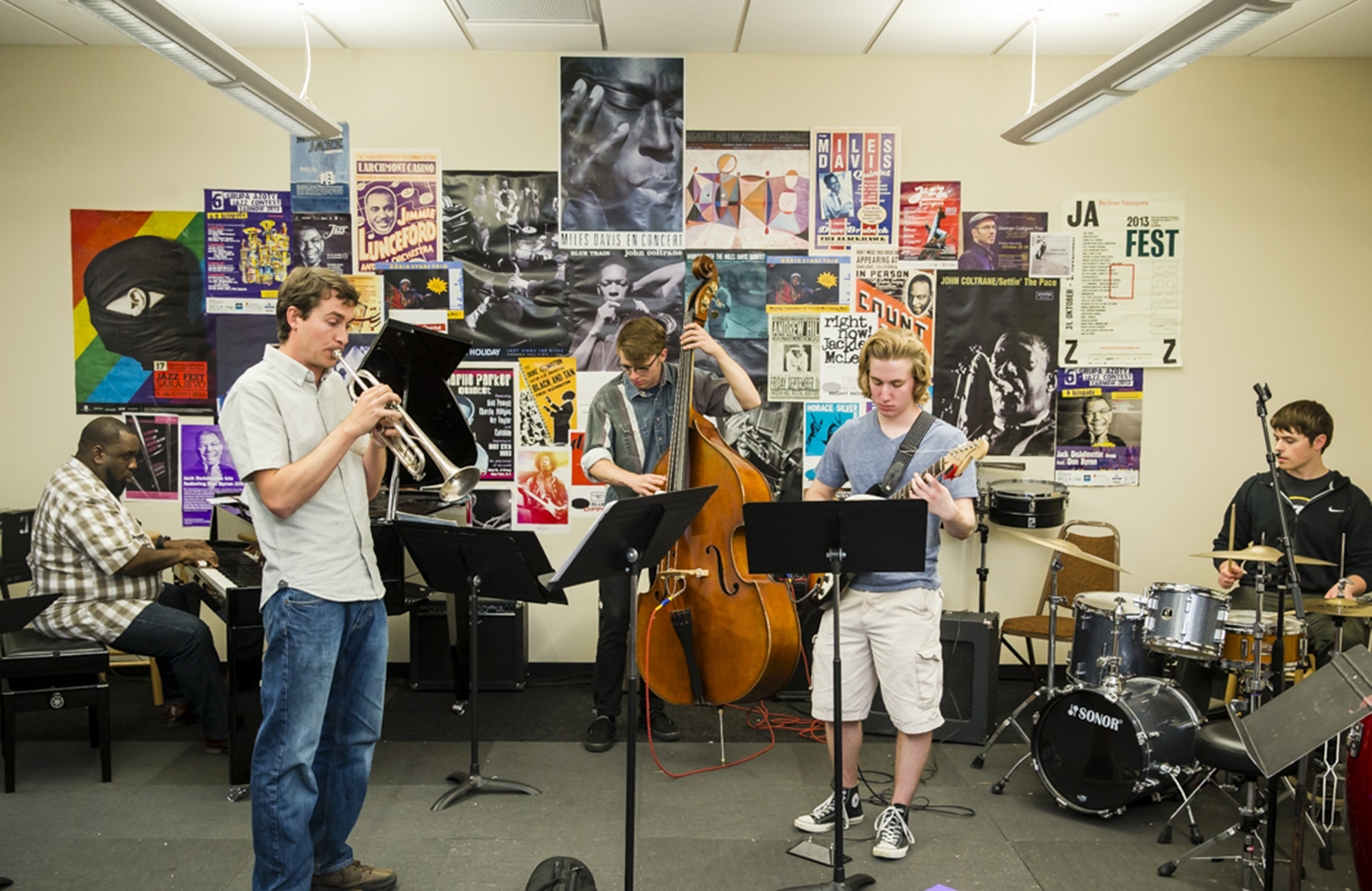 PSU music students performing jazz